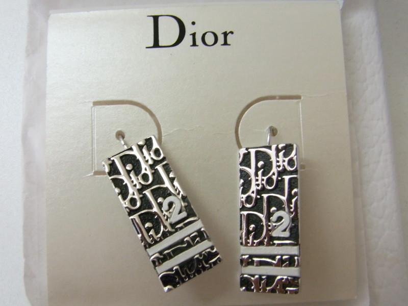 Dior ピアス 買取 さいたま市