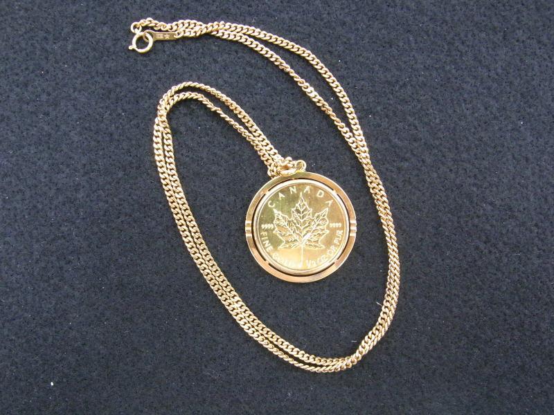 メイプルリーフ金貨のネックレス ペンダントトップはK24の金貨