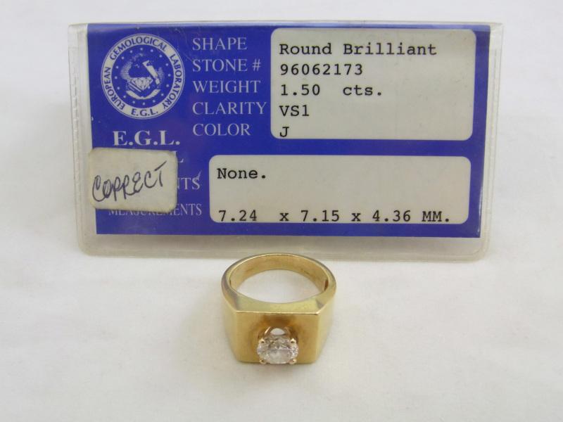 ダイヤモンド買取 1.5ct、VS1、カラーJのダイヤモンドリング 横 さいたま市